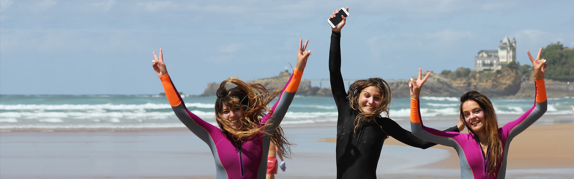 surf-camp-roxy-pays-basque-biarritz