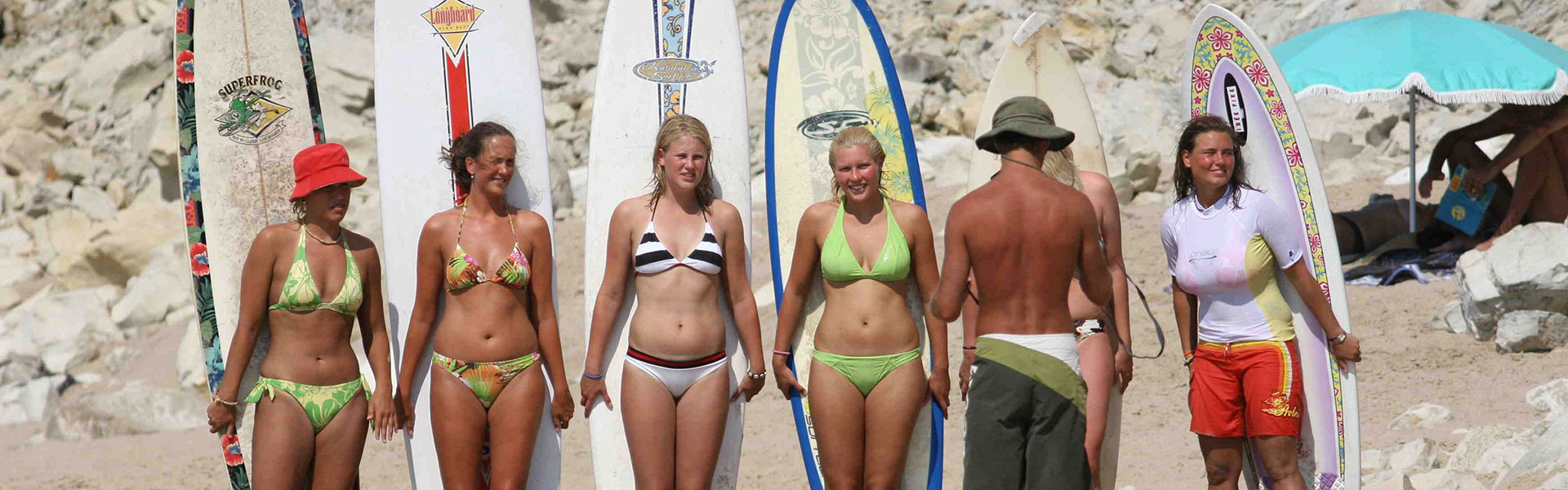 surf-camp-roxy-women